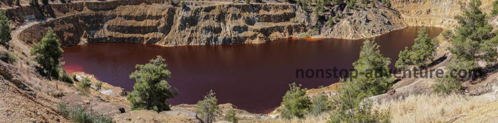 Sehenswürdigkeit Mitsero Mine mit rotem See